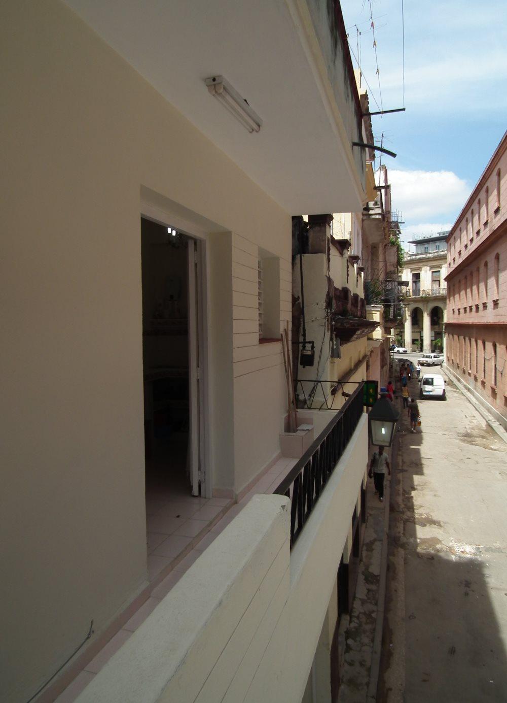 Weitere-Ansicht-Balkon-Alt-Havanna