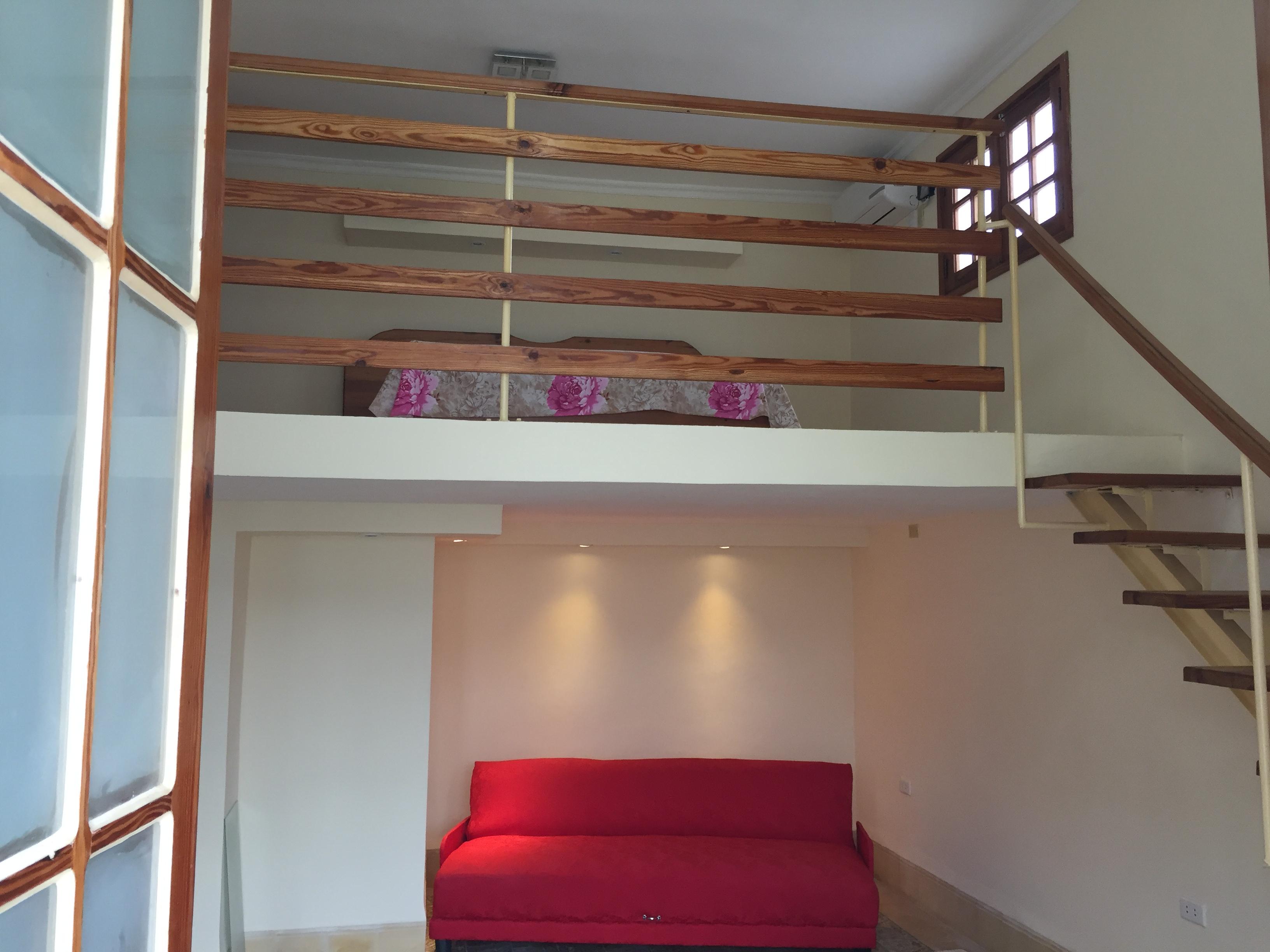Schlafcouch und Galerie-Schlafzimmer