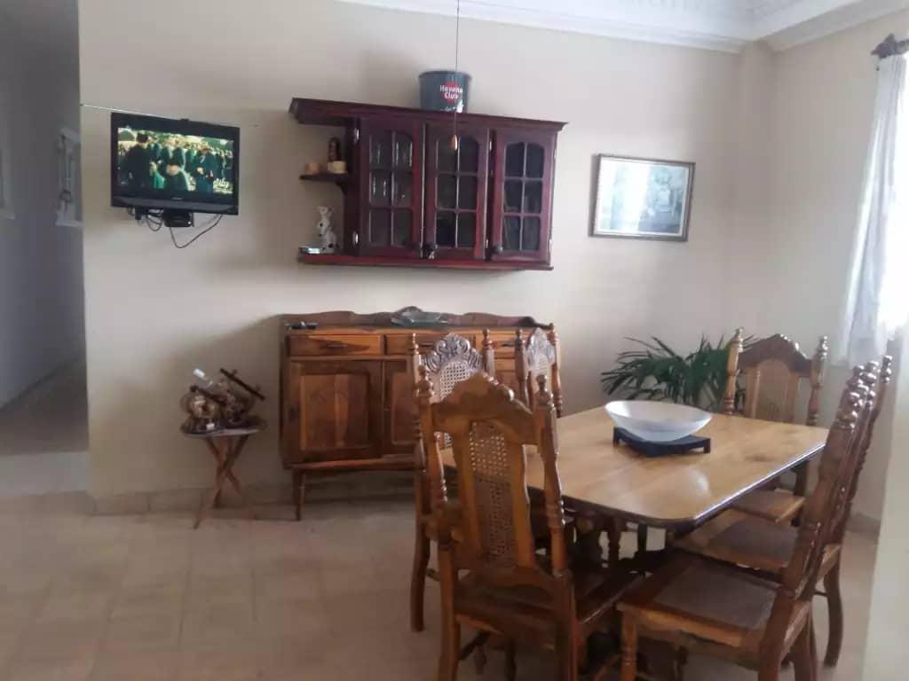 Almar 64 -comedor | Casa Particular Verzeichnis